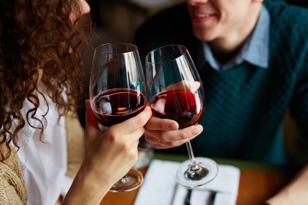red wine contains resveratrol which appears to have a number of health benefits