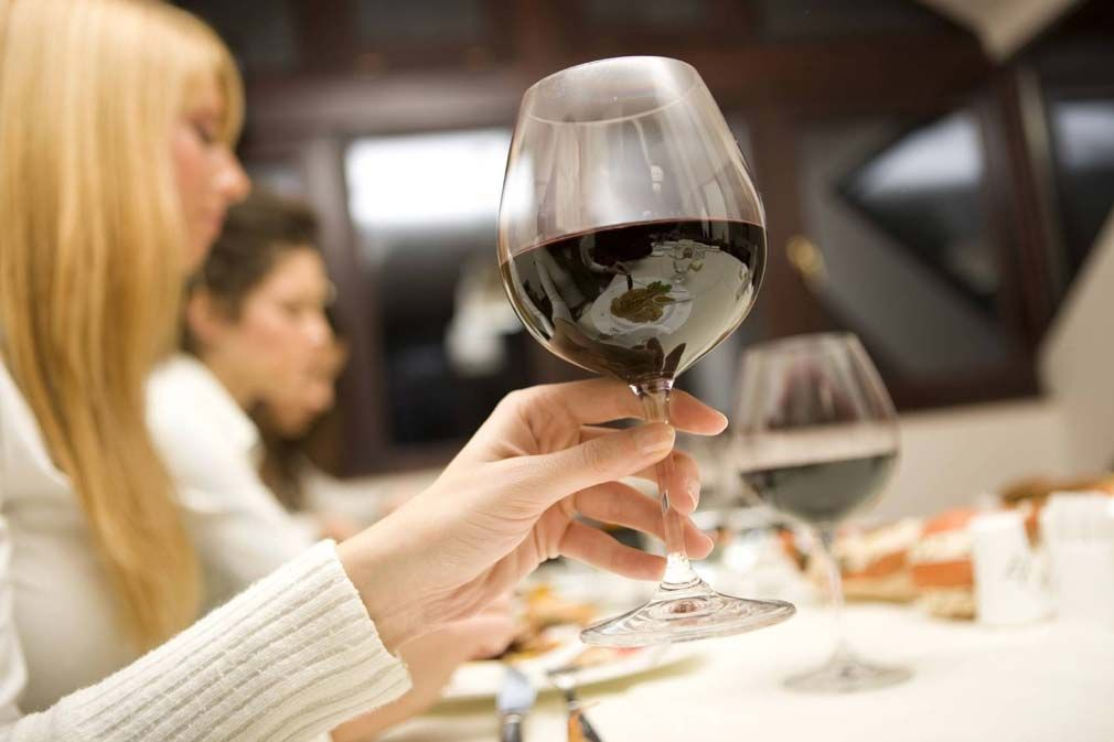 Šta otkriva boja vina?