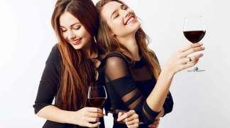 Mala crna haljina i malo crnog vina
